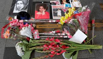 Aretha Franklin es honrada por habitantes en Nueva York