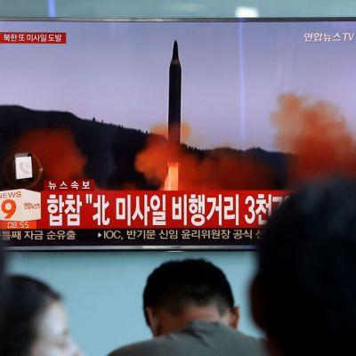 Estados Unidos admite que Corea del Norte no ha parado su programa nuclear