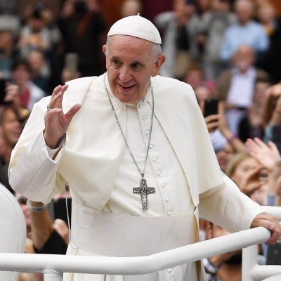 Papa defiende el matrimonio para toda la vida en Irlanda