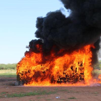 PGR incinera casi cinco toneladas de narcóticos en Sonora