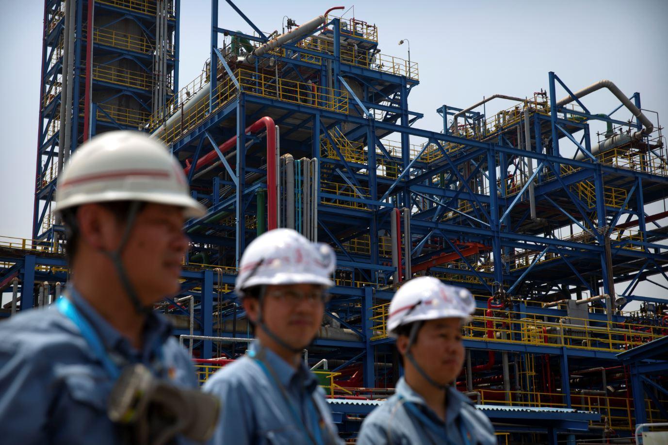 Precios del petróleo se mantiene estables