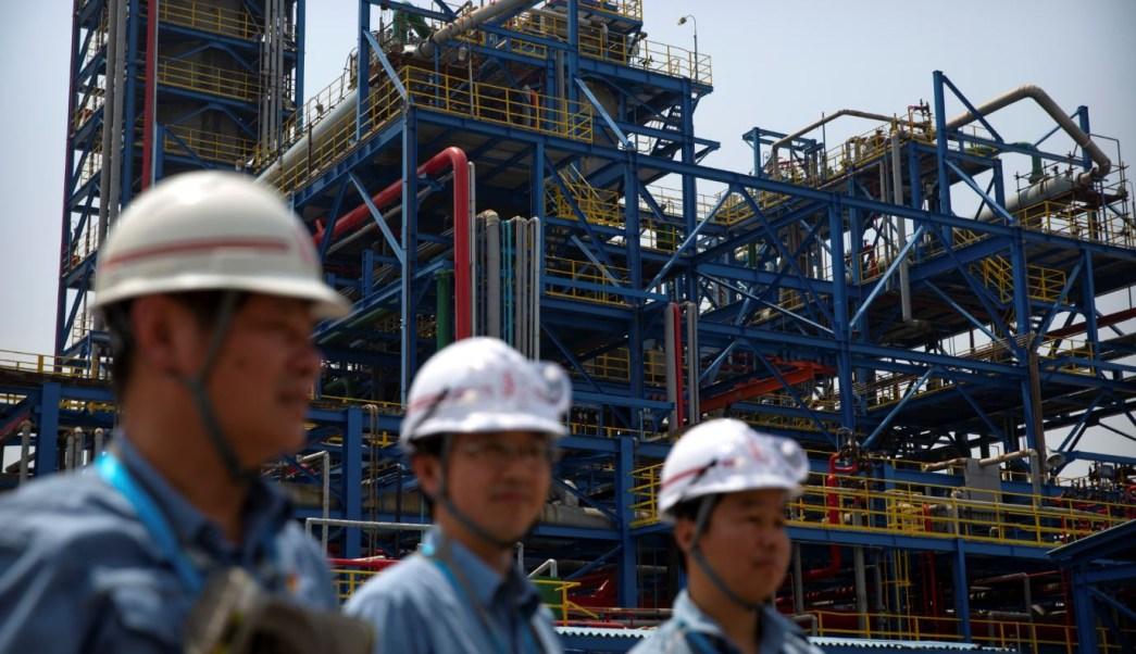 Precios del petróleo estables ante baja importación de China