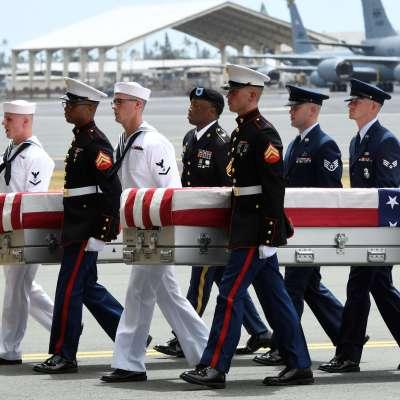 Restos de soldados caídos en Guerra de Corea llegan a Estados Unidos