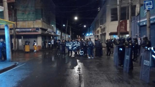 Retiran puestos ambulantes en centro histórico de Xochimilco