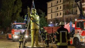 Retiran controvertida estatua de Erdogan en Alemania