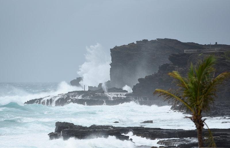 huracan lane se debilita a tormenta tropical cerca de hawai