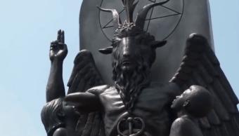 Inauguran estatua satánica como protesta a monumento de los 10 mandamientos