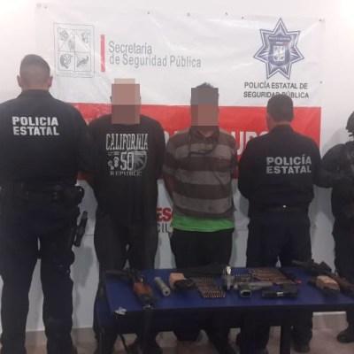 Detienen a dos hombres con armas y cartuchos en Cajeme, Sonora