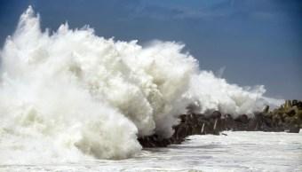 Tifón en Japón toca tierra; Surcorea está en alerta