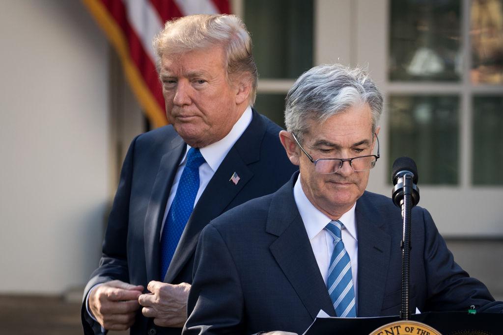 Precio del dólar opera a la baja — Tipo de cambio