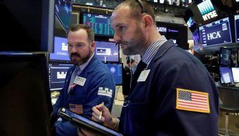 Wall Street abre al alza, Dow Jones recupera 0.22%