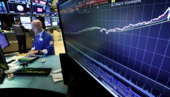 Wall Street abre al alza, espera discurso de Jerome Powell