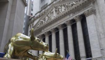 Wall Street abre con ganancias por conversaciones