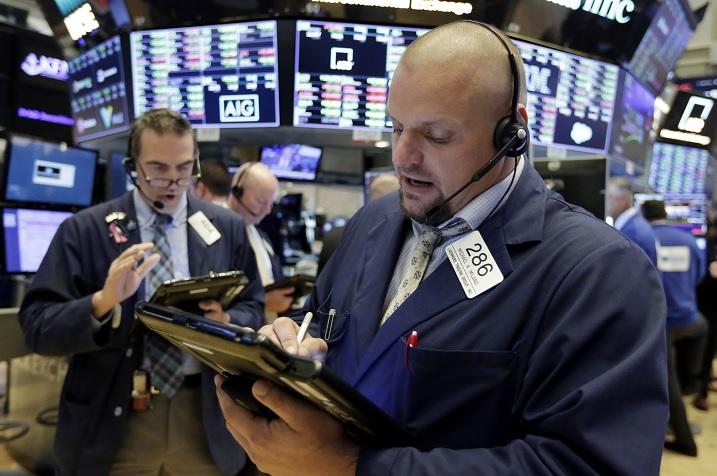 Wall Street cierra por cuarto día consecutivo con récords