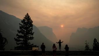 Yosemite reabre tras cierre por incendio forestal
