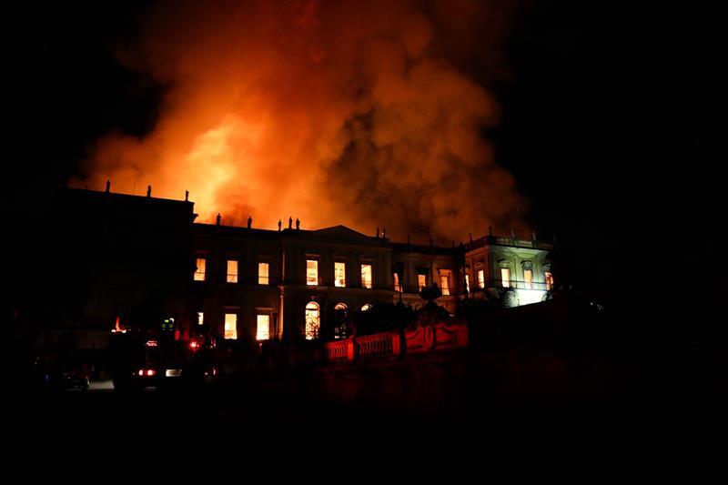 Incendio en Museo Nacional de Río de Janeiro, Brasil
