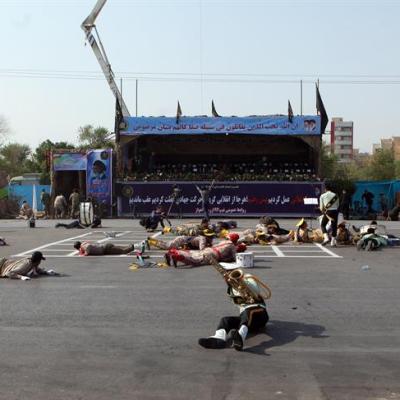 Atentado terrorista en Irán deja al menos 10 muertos y decenas de heridos