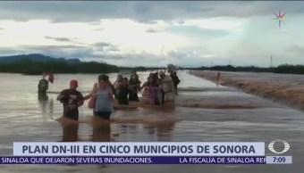 Activan Plan DN-III por lluvias en Sonora, un camión varado