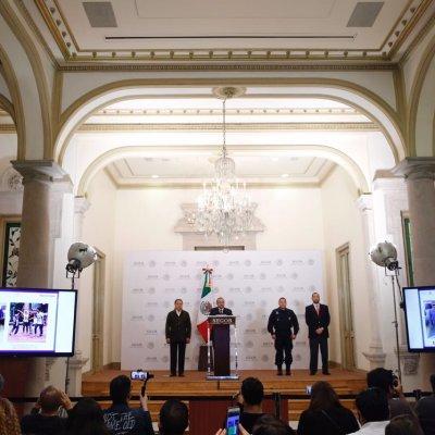 Policía federal detiene a dos presuntos porros de la UNAM
