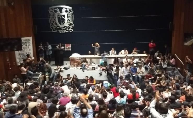 Alumnos de la UNAM acuerdan marcha y asamblea esta semana
