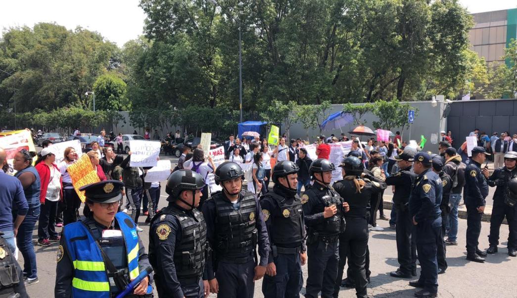 Bloqueo en avenida Universidad provoca conato de riña