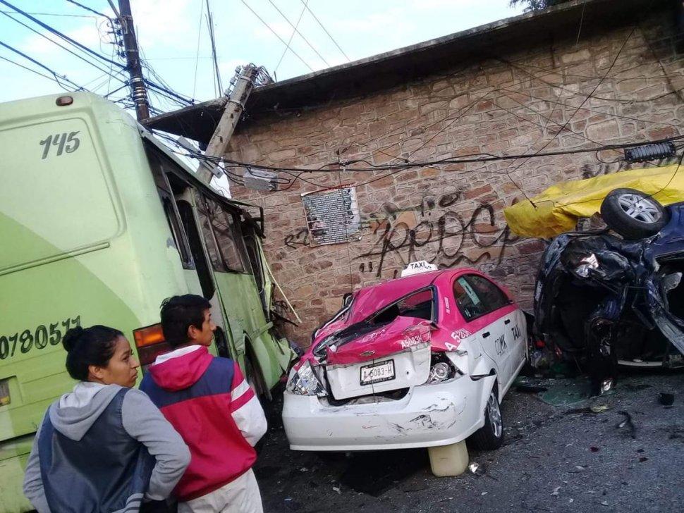 Camión atropella a decenas de personas en Cuautepec
