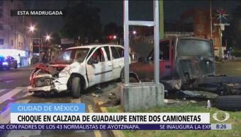 Camionetas chocan en calzada de Guadalupe