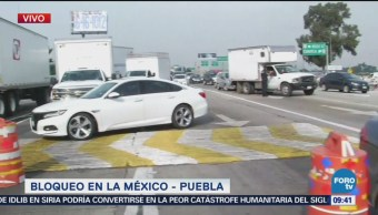 Continúa protesta en carretera México-Puebla, en Ixtapaluca