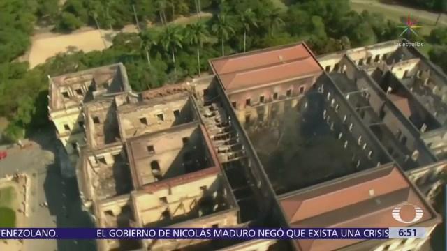 Corto circuito causó incendio en Museo Nacional de Río de Janeiro