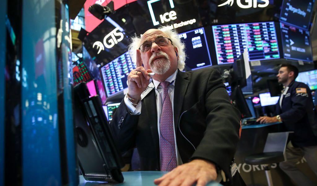 Wall Street cierra con récord histórico del Dow Jones