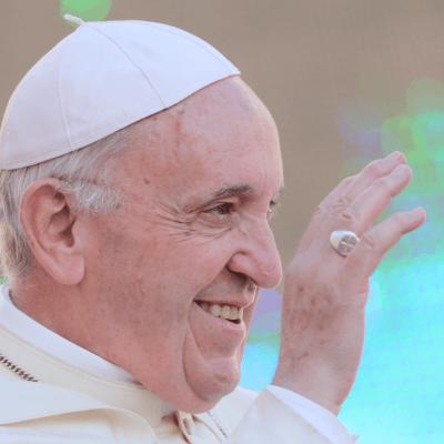 El papa acepta renuncia de dos obispos chilenos por abusos