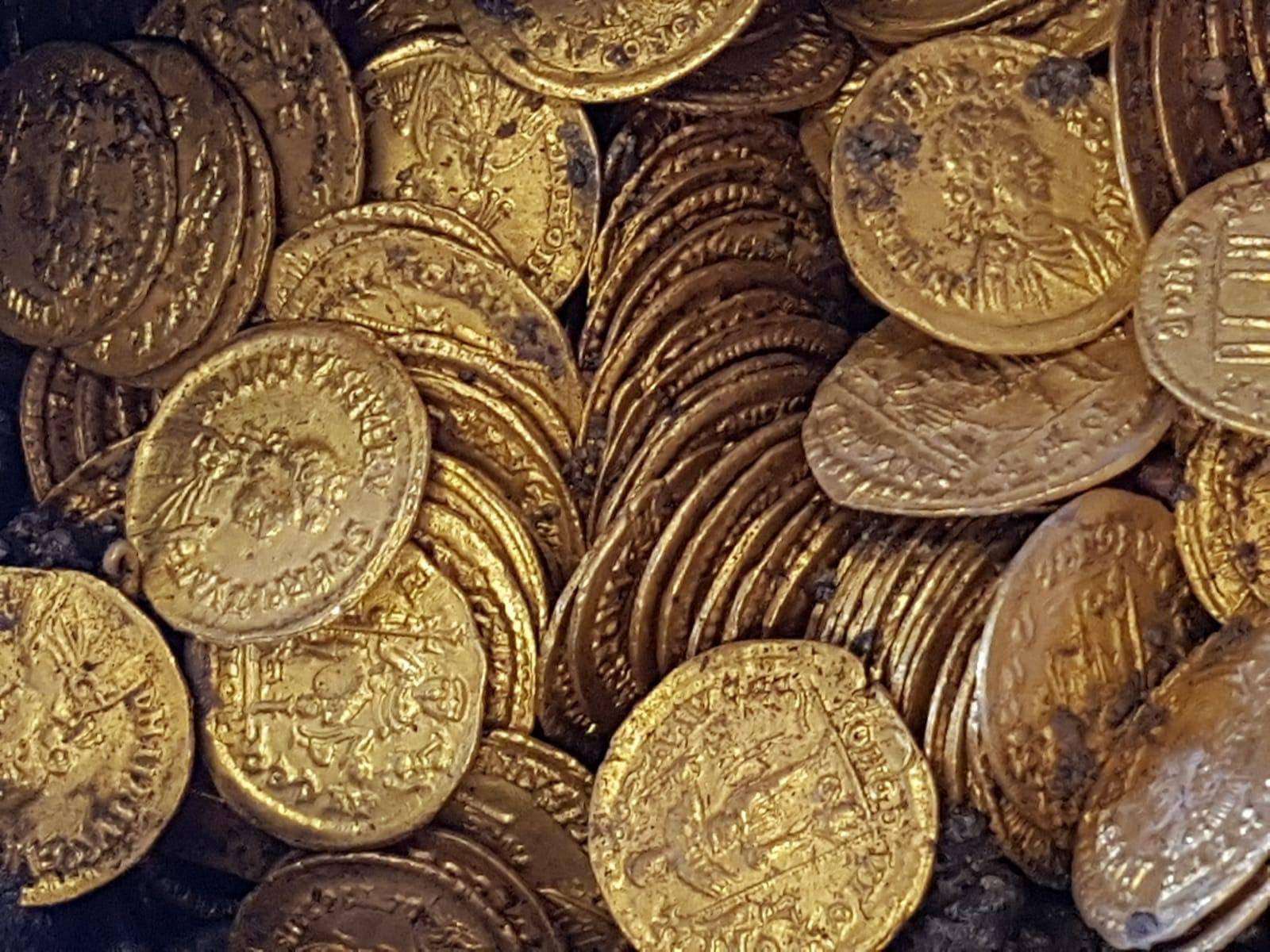 Hallan un tesoro del final del Imperio Romano
