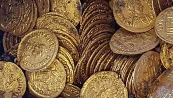 encuentran-monedas-oro-bajo-teatro-italiano-siglo-v