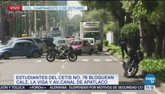 Estudiantes bloquean calzada La Viga y Canal de Apatlaco