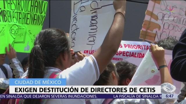 Estudiantes del CETIS bloquearon Av. Universidad 40 minutos