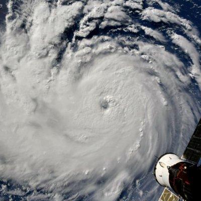 Expertos predicen que huracán categoría 4 devastaría Estados Unidos