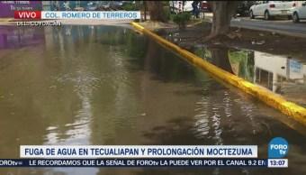 Fuga de agua en la colonia Romero de Terreros, Coyoacán