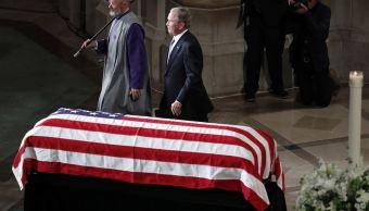 Bush destaca la honestidad de McCain