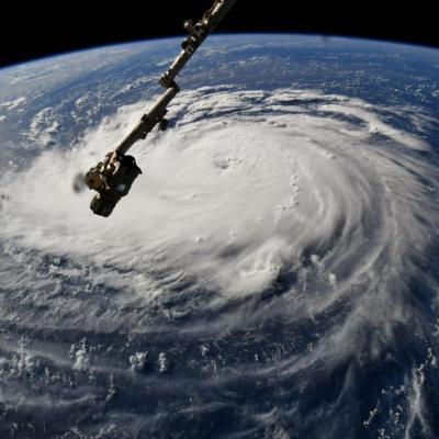 Así se ve desde el espacio el ojo del potente huracán 'Florence'