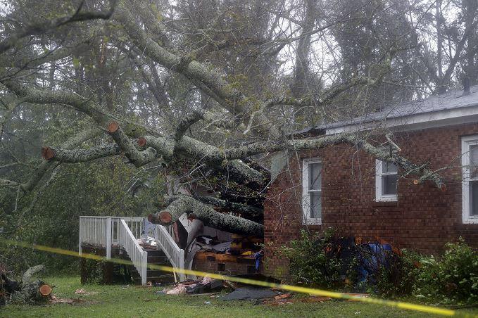 Florence huracán suman cuatro muertos en Carolina del Norte