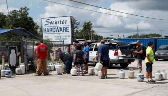 Huracán Florence: Evacuan a miles en Carolina del Sur