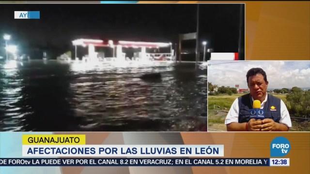 Inundaciones afectan diversas vialidades de León, Guanajuato