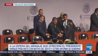 Líderes obreros acuden al Sexto Informe de Gobierno de Peña Nieto