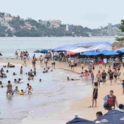 Mar de fondo en Acapulco persistirá durante fiestas patrias