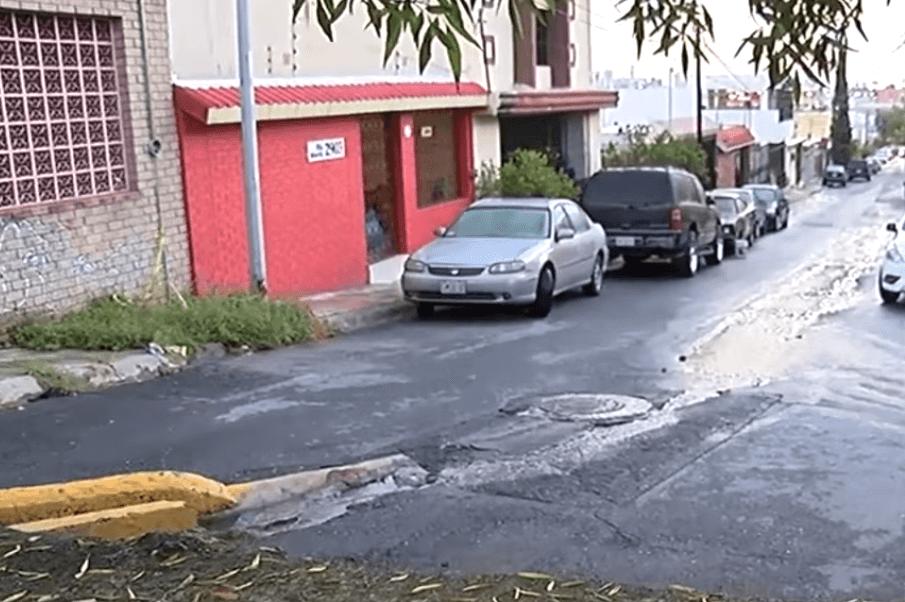 Muere niña en Monterrey arrastrada por corriente tras lluvias