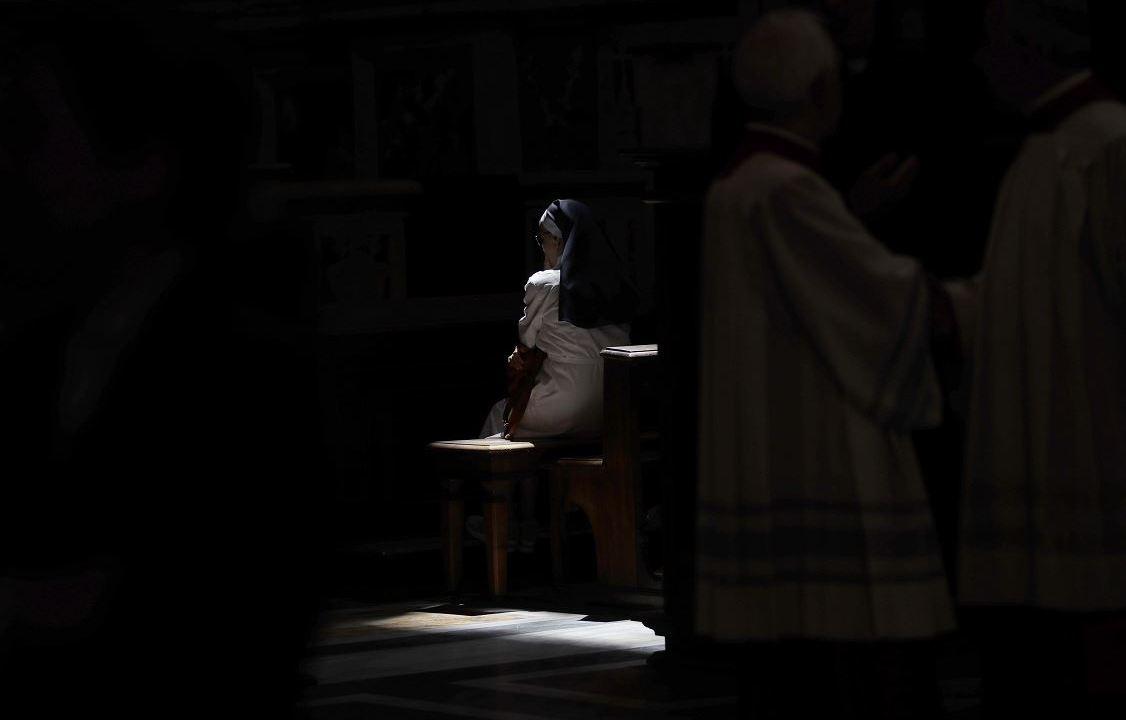 Exmonja narra el infierno que vivió por abuso sexual