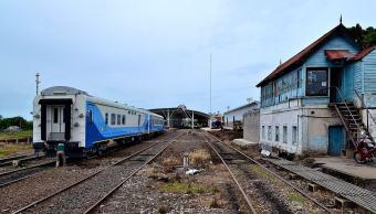 imagen-ilustrativa-vias-tren-mujer-intenta-ganar-tren-pierde-piernas-michoacan