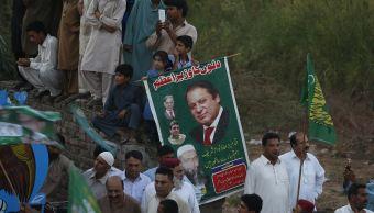 Nawaz Sharif, exprimer ministro de Pakistán, sale de prisión