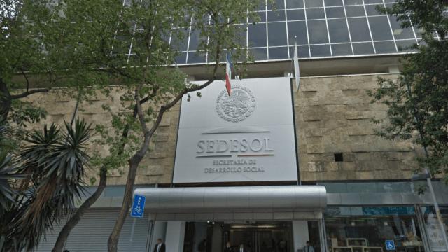 ONG denuncia ante PGR a funcionarios por estafa maestra