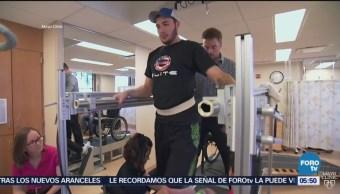 Pacientes parapléjicos recobran la movilidad con impulsos